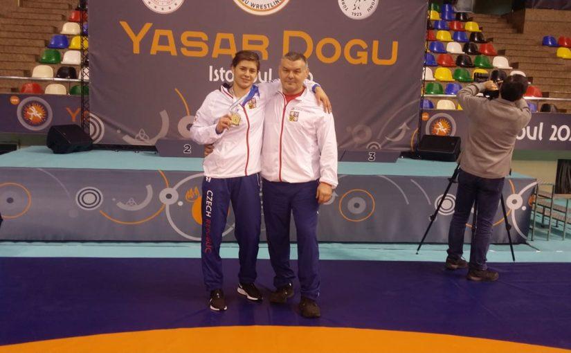 Adéla Hanzlíčková vybojovala na mezinárodním turnaji Yasar Doğu zlato!