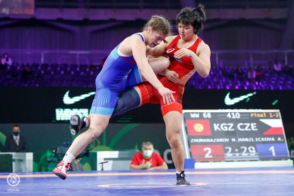 Adéla Hanzlíčková si ze Světového poháru veze stříbro!